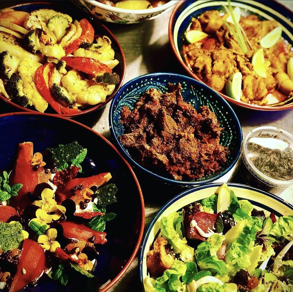 Diverse salades ook mogelijk gemaakt voor vegetariers en veganisten