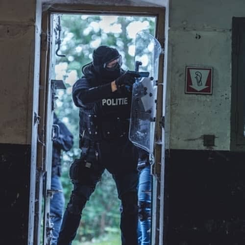 Realistische scenario trainingen voor politie eenheden bij Unlimited You